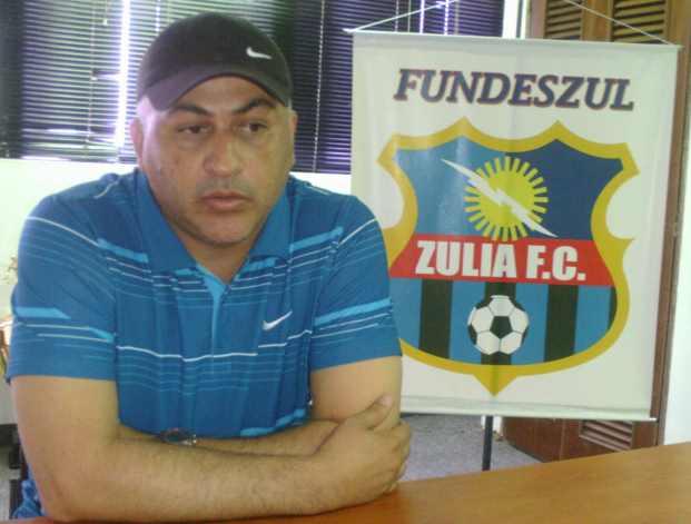 Alberto Nino Valencia, DT del Zulia FC, confía en su equipo.