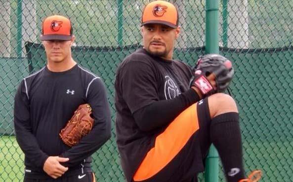 Johan Santana está trabajando para volver con los Orioles.